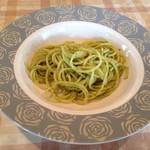 キッチンいまもり - レディースランチのミニパスタ、ジェノバソース。アルデンテでいい塩梅です。