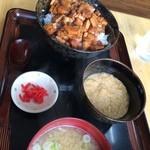 味乃やまびこ - まぶし丼 900円