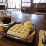 城藤茶店 - お餅のワッフル