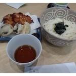 京漬物味わい処 西利 - 京漬物天ぷらうどん・・京漬物の天ぷらと京うどんのセットです。