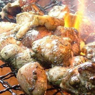 鹿児島の地鶏料理の専門店、新鮮な薩摩地鶏をリーズナブルに!