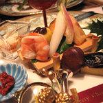 中村孝明 創世店 - 女性達にウケまくりの旬菜の盛り合わせです。