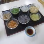 のしこん本舗 - 料理写真:試食でこんなたくさんの「のしこん」が頂けるなんて~♪
