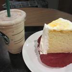 スターバックスコーヒー - マンゴーシフォンケーキ、アイスカフェラテ