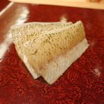 28992786 - キスの刺身、酢とこぶで軽くしめて。