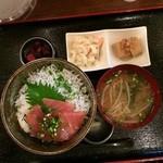 目黒げんき酒場 すだ屋 - 静岡丼(マグロとシラス)850円