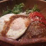 きゅうろく鉄板焼屋 - ロコモコ丼