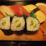 Uohachizushi - 魚八定食のお寿司