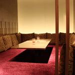 銀座酒房 六角 - 絨毯敷きの特別室
