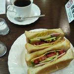 珈琲専門店亜煉路館 - 料理写真:トーストサンド