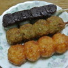 Tanakaya - 料理写真:たなか屋菓子舗・団子¥100/本(2014.04)