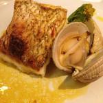 atehaca - お魚鯛のサルサヴェルデ