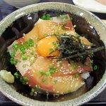 29016169 - 名物ハマチづけ丼小(510円)