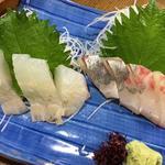 あきの庵 - 活シマアジとヒラメのお造りセット 780円