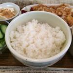 神鶏屋 - おろしポン酢カツランチ@700円 ご飯がアップになってもうた!(^^;;