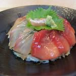 割烹 水天閣 - ヒラメ&マグロのヅケ丼