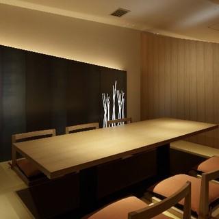 歓送迎会、接待など、様々なご利用シーンに合わせた個室完備