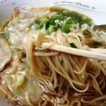 珍竹林 - 再訪麺はこんな感じ 細平打ち麺&超ロング麺