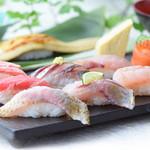 金沢まいもん寿司 - のど黒2貫入り!11貫と手巻「金沢まいもん握り」