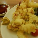 阿波水産 - 阿波雄鶏の鶏天