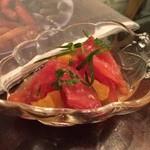 魚介ビストロ sasaya - トマトのオレンジマリネ