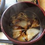 肉汁うどん青柳 - ざるのつけ汁ですが、バラ肉入り
