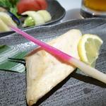 すし王 - 焼魚セット/B(カンパチ塩焼)
