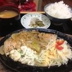 29054598 - 2014.7.16 魚のステーキ定食☆(サワラ)900円