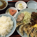 いち福 - スタミナ定食(餃子・スタミナ焼き・チャーシュー2枚・玉子焼き・ライス・スープ付き)1,000円。