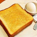 ガスト - トースト&ゆでたまごセット299円(税別)