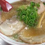 29066144 - チャーシュー麺。トロトロです(^o^)/