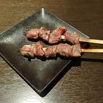 旬彩串焼 だん - ずり・塩(1本136円)