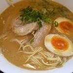 ラーメン四天王 - 味玉豚骨醤油ラーメン♪