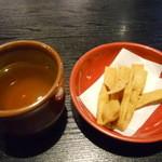 百々亭 - そば茶と揚げそば