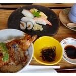 絹空 - 特別ランチ(980円)・・寿司・ミニ天丼・茶わん蒸し・小鉢のセットです。