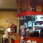シルクロード・タリムウイグルレストラン - シーシャもあります