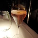 ラ・ソラシド フードリレーションレストラン - 1杯めは泡