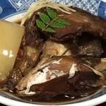 ニュー満寿美 - 料理写真:あら煮付けで一杯