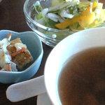 291228 - ミニ前菜とサラダとスープ