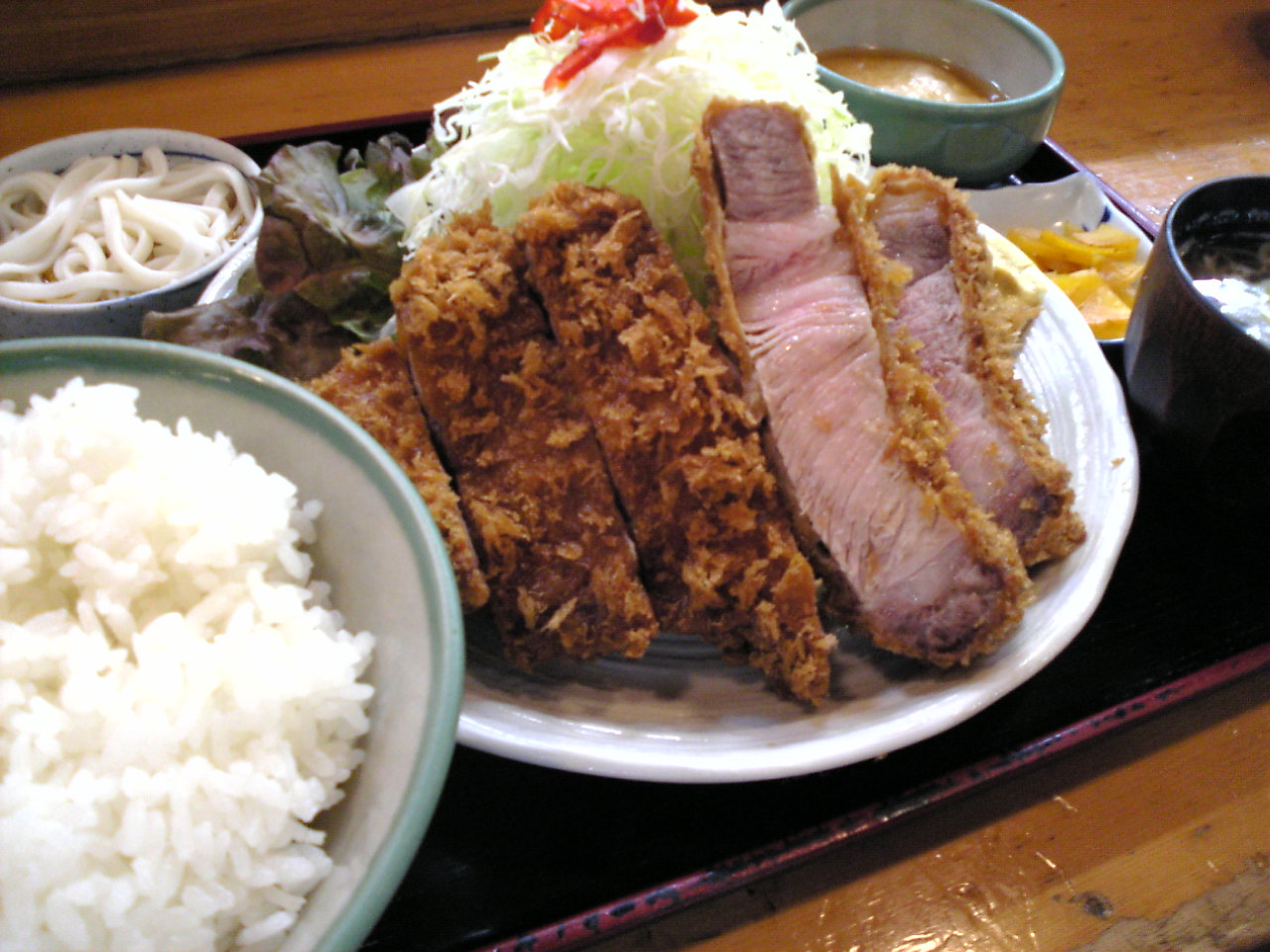 「とんかつ 萬清」 : 東京でデカ盛り/大盛りランチが食べられる ...