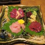 やたがらす - 鶏刺身四種盛り合わせ(1380円)