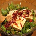 やたがらす - 有機水菜と手作り豆腐のサラダ(520円)