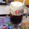 A&W プラスカフェ - ドリンク写真:コーラフロート280円
