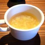 Nitro - スープはキャベツと玉ねぎがタップリです。
