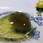 名糖産業 - お徳用梅酒ゼリー(梅の実が1個入っている)