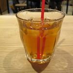 武蔵野カンプス - アップルティーを2杯。  グレープフルーツジュースを1杯。