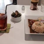 CAFE AFF - チャイカレーとアイスティー 1000円
