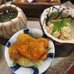 天雅 - 新もずく、バフンウニ、鯛の子の煮付けです。