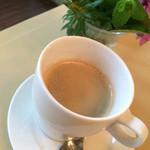 青根洋館 - ドリンク写真:コーヒー(アメリカン)