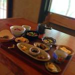 菜心味庵 きた岡 - 全部で12品 お出汁が美味しいと全てが美味しい。 醤油や胡麻など、全部違うお味で飽きません。